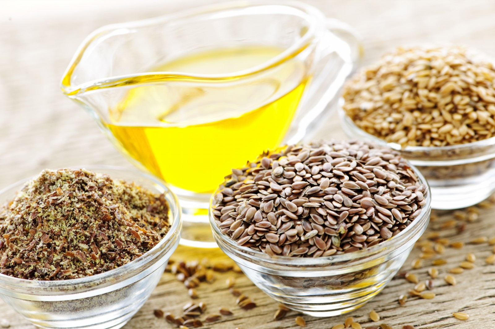 Flax-seeds-and-linseed-oil